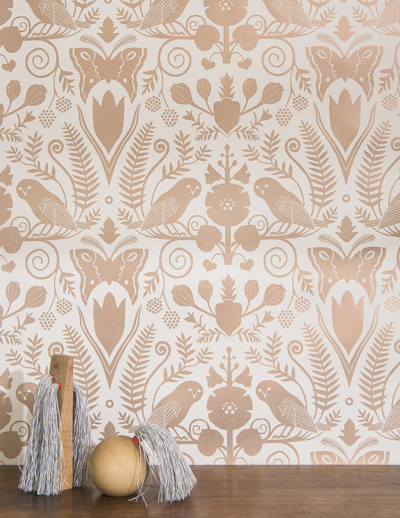 Rose Gold Wallpaper by Juju http://www.jujupapers.com/collections/metallics/products/jujupapers-barn-owls-and-hollyhocks-rose-gold-on-cream