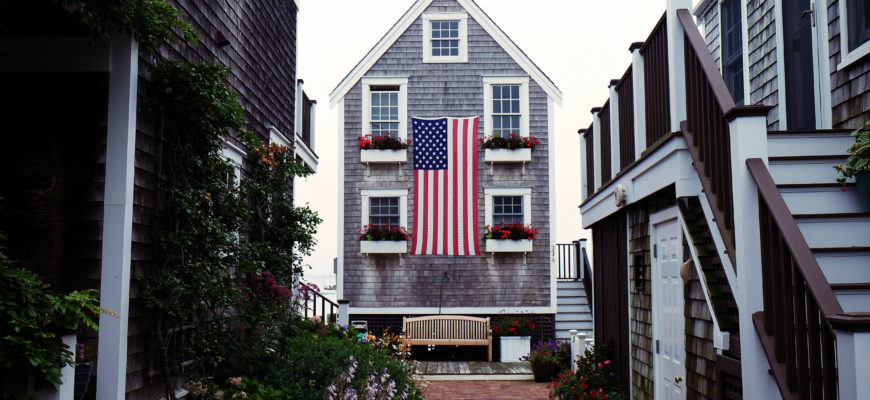 patriotic decor all year round
